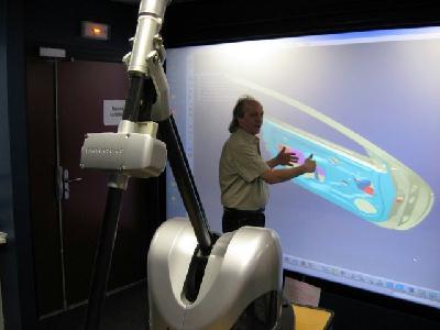 Découverte des possibilités de la salle de réalité virtuelle